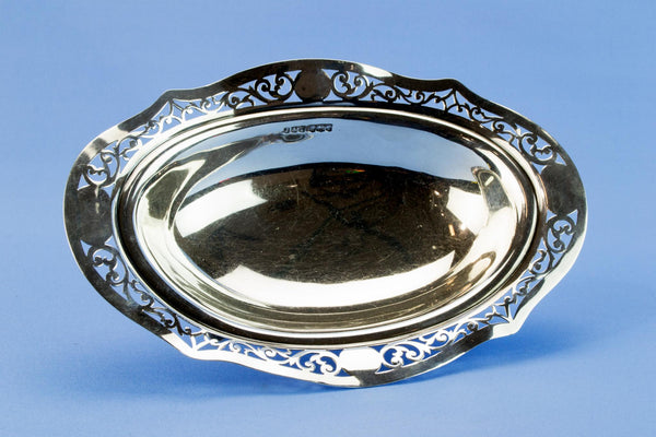 Sterling Silver small bowl, English 1923