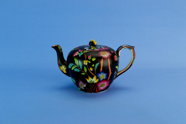 Small black teapot, English late 19th century