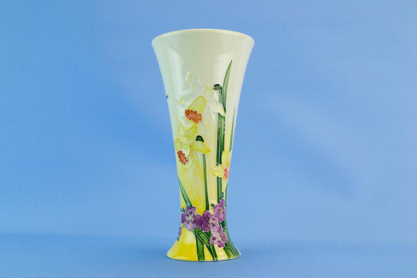 Yellow Daffodils trumpet vase