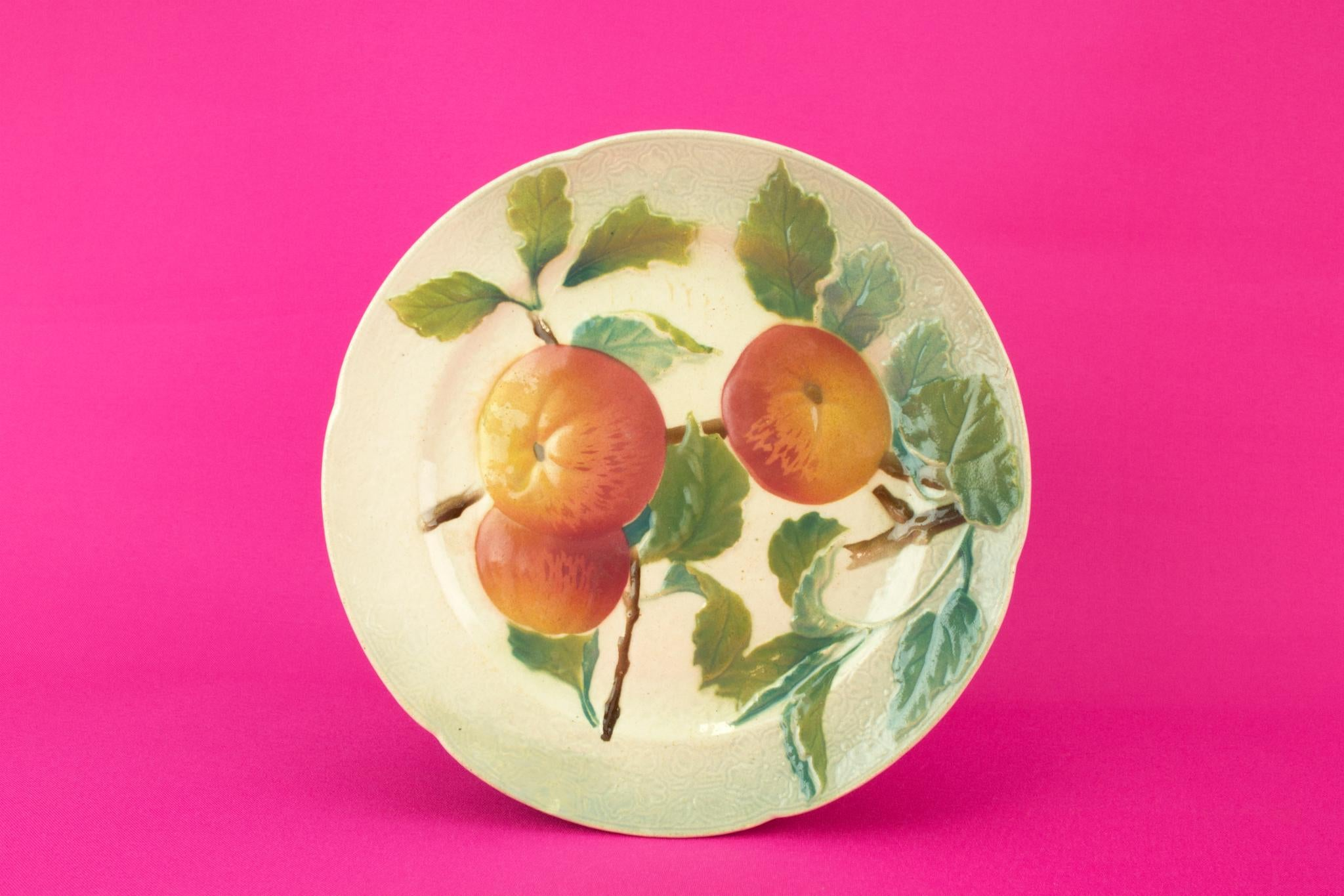 Apple design Majolica Dessert plate, French circa 1900