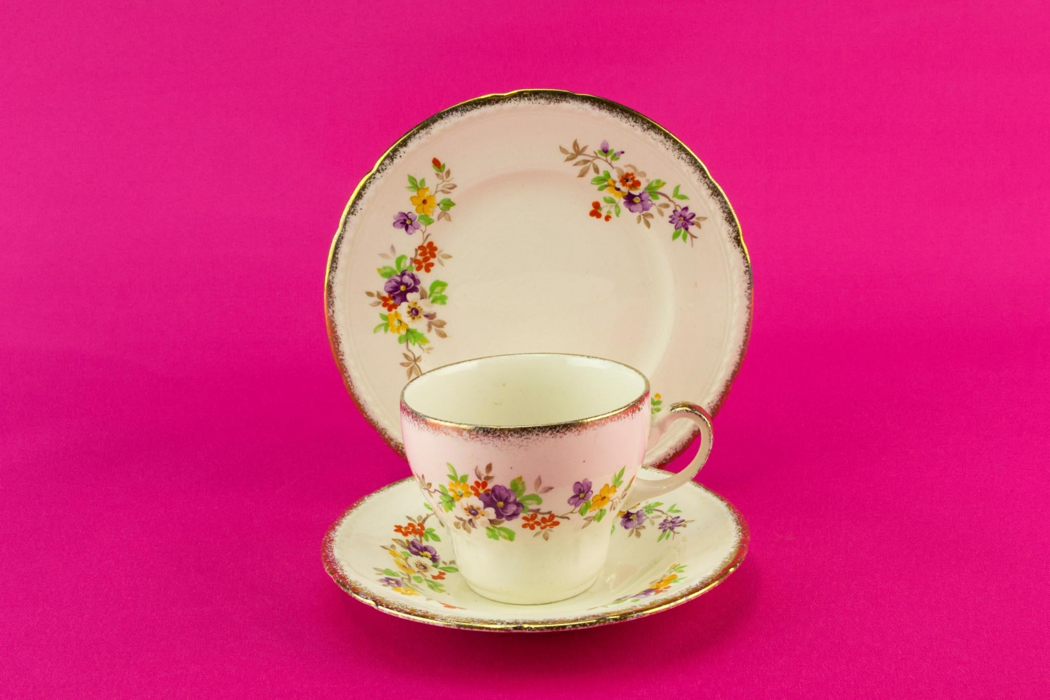 Floral tea set for two, English 1940s
