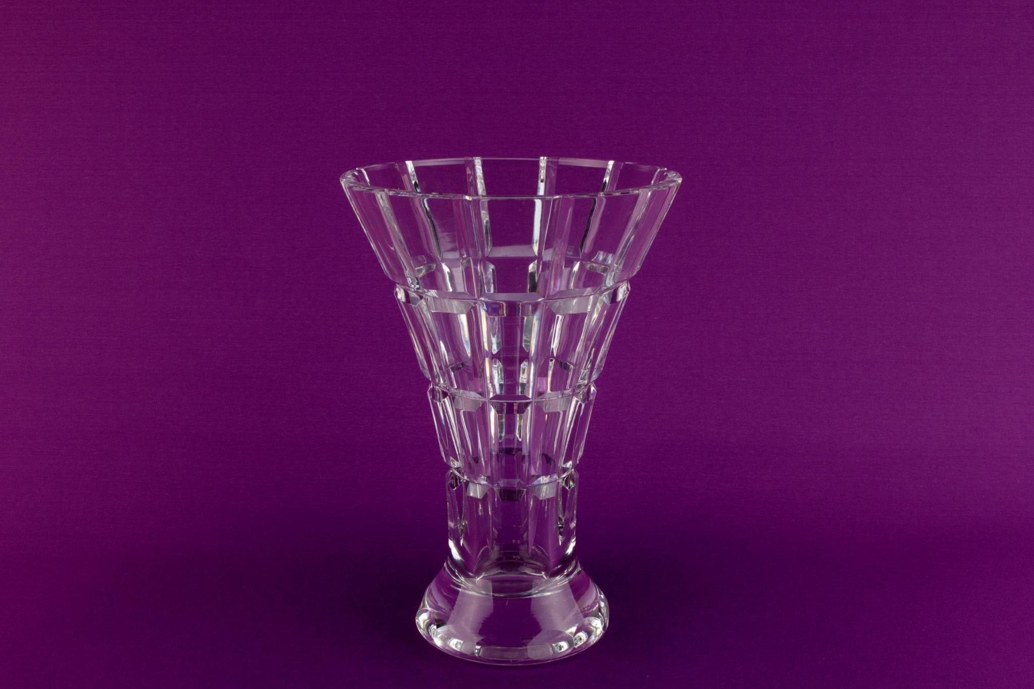 Cur crystal trumpet vase, English