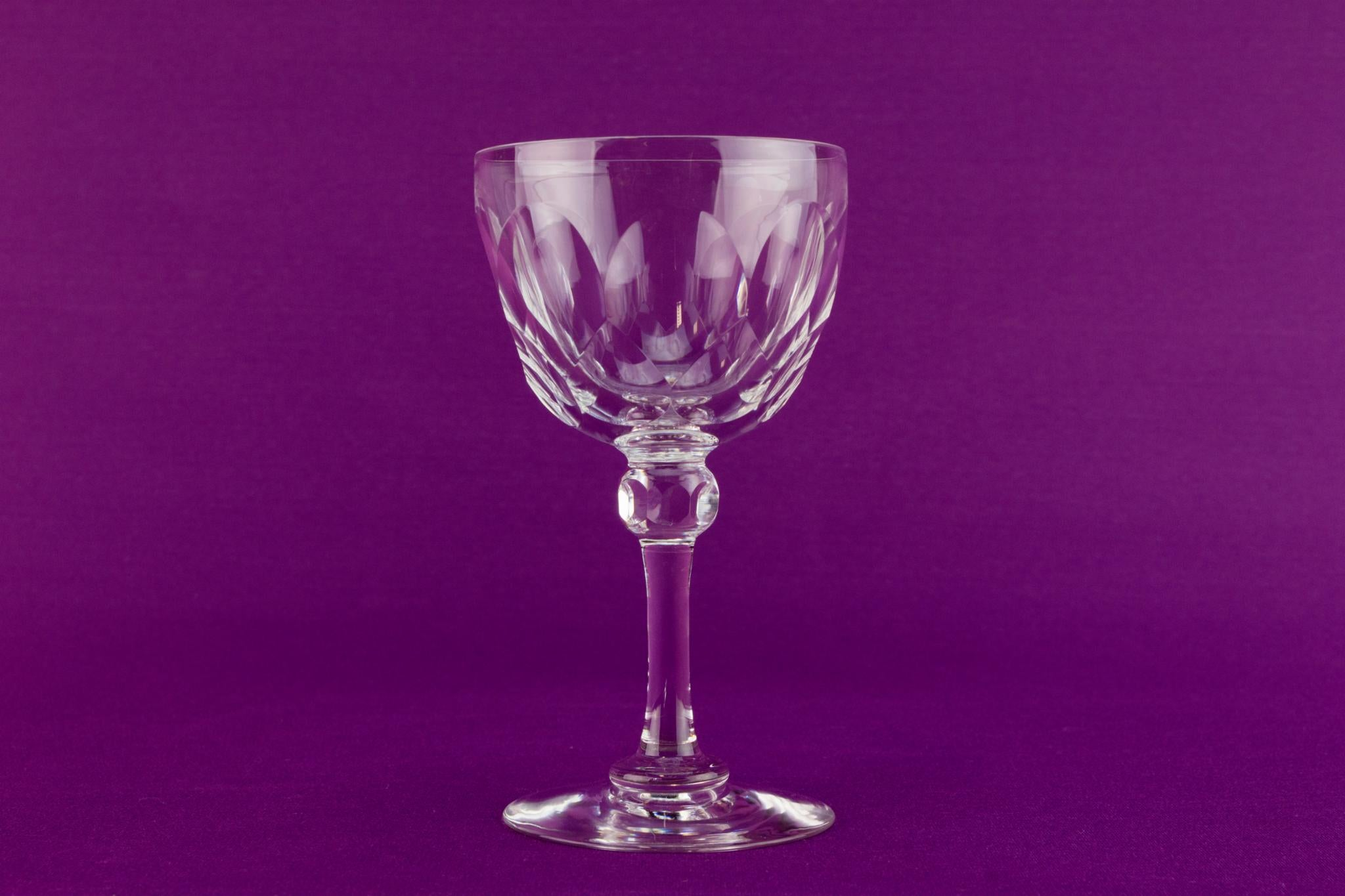 4 near set wine glasses, English 1930s