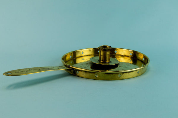 Brass chamber candlestick with handle, English Early 1900s