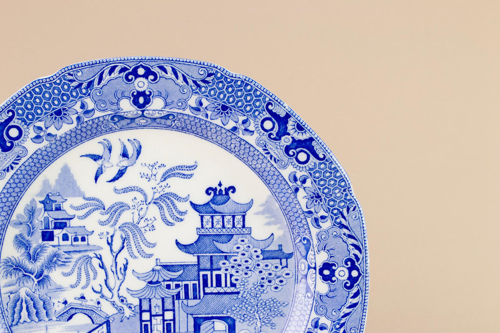 Blue and white willow plate, English 1930s