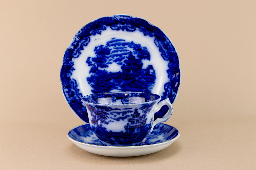 Flow blue tea set for one, English circa 1900
