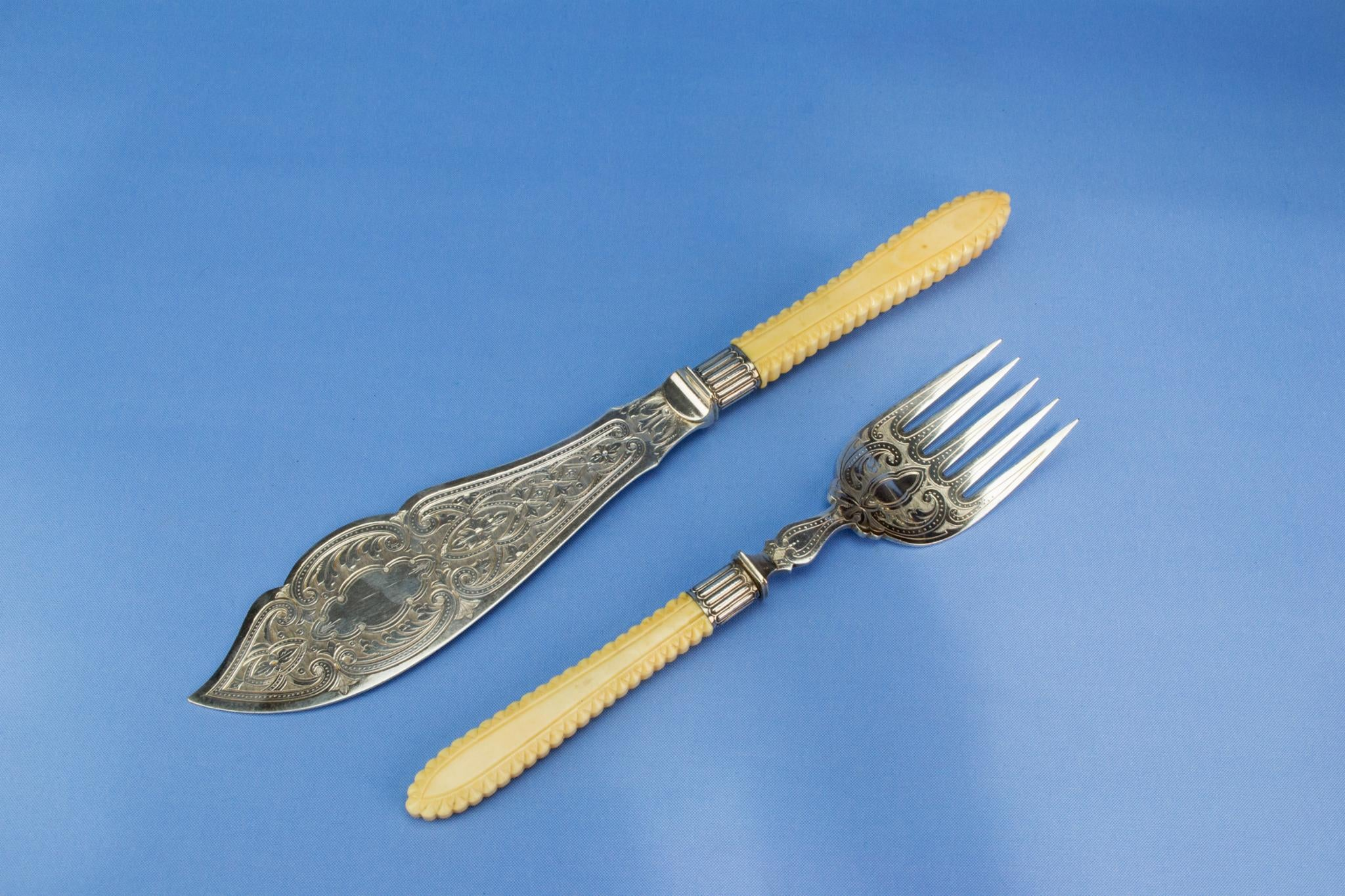 Silver plated serving fork and knife set, English 1890s