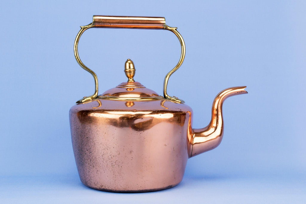 Arts & Crafts copper kettle, English late 19th century