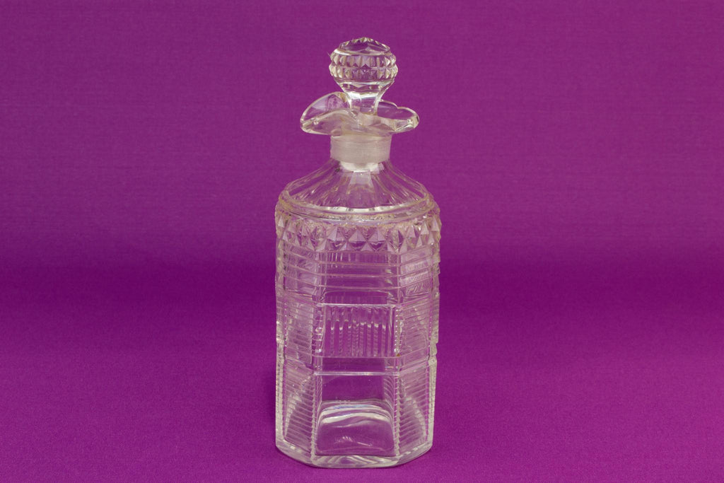 Small Ripple cut glass whisky decanter, English circa 1800