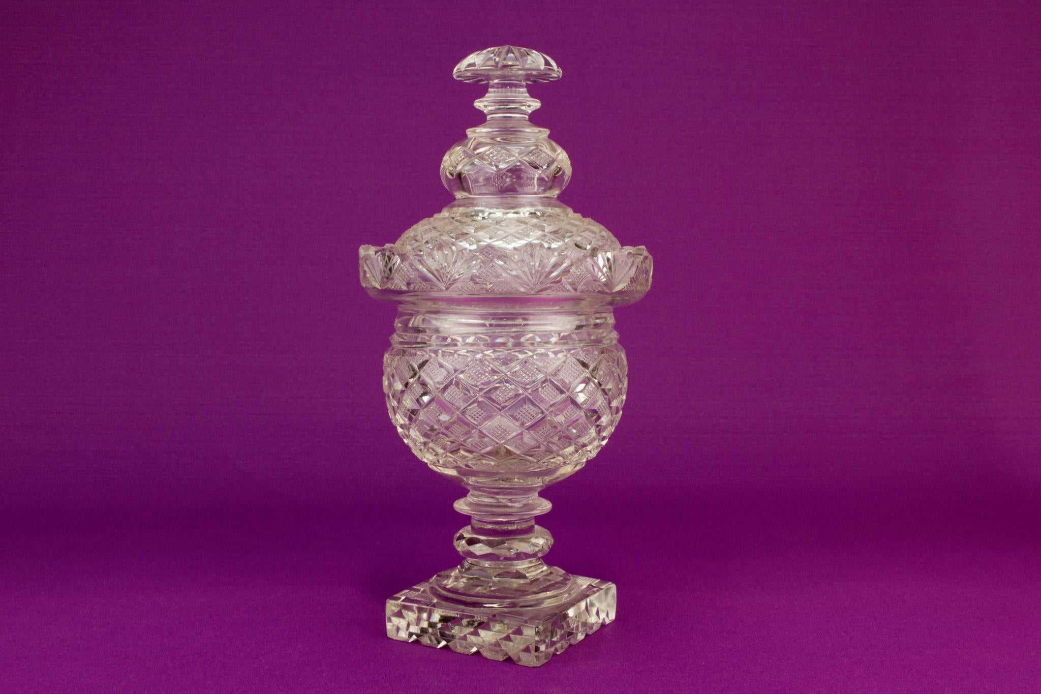 Cut glass serving bowl and lid, Irish 19th century