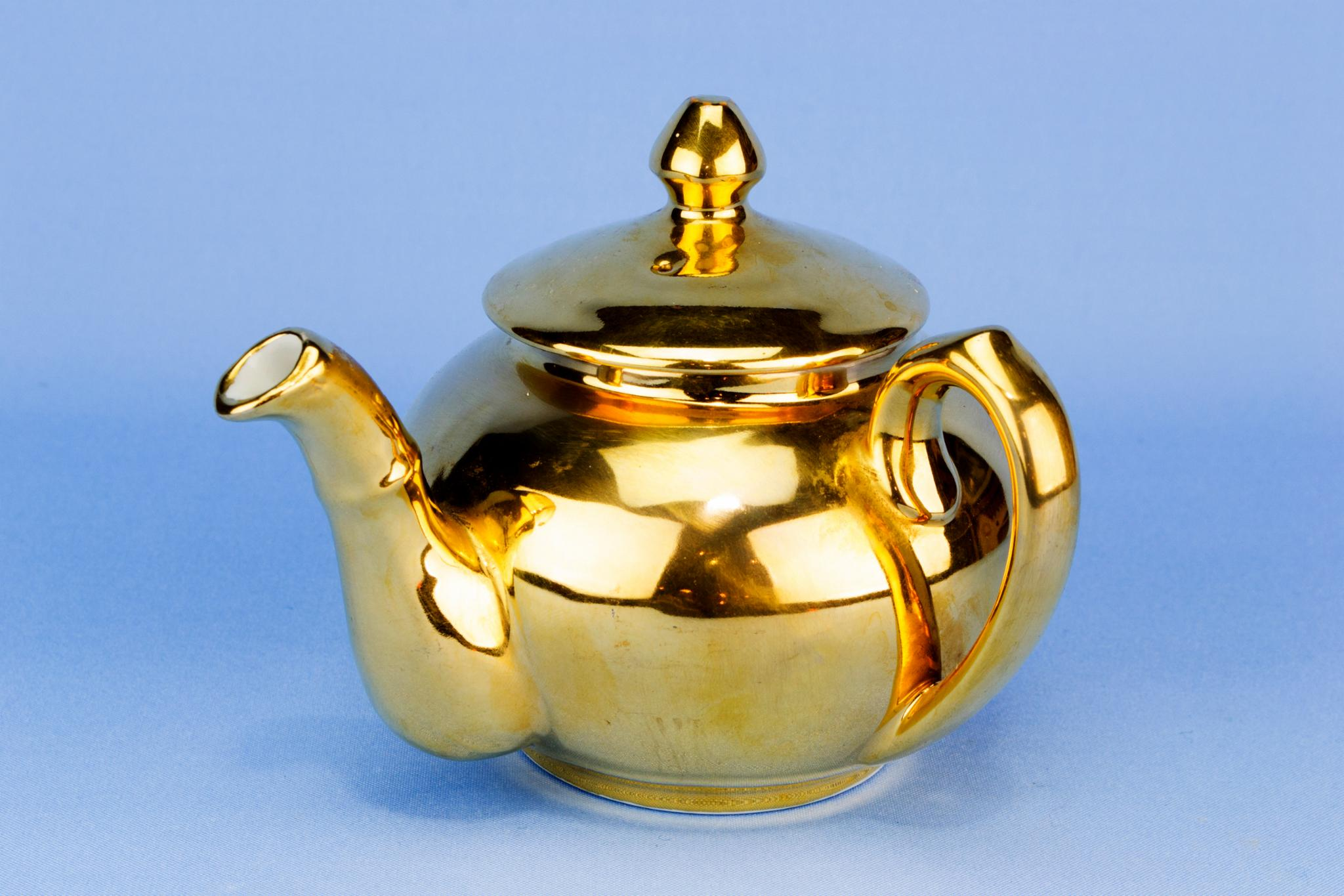 Royal Worcester Small gilded teapot, English 1950s
