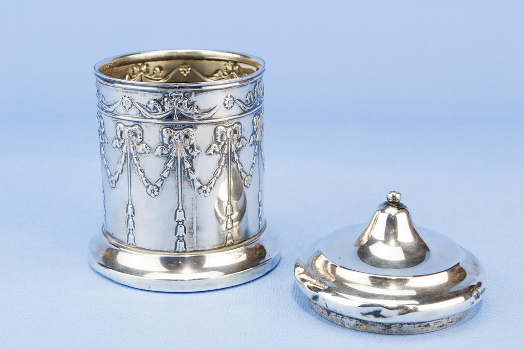 Small sterling silver box, English 1907