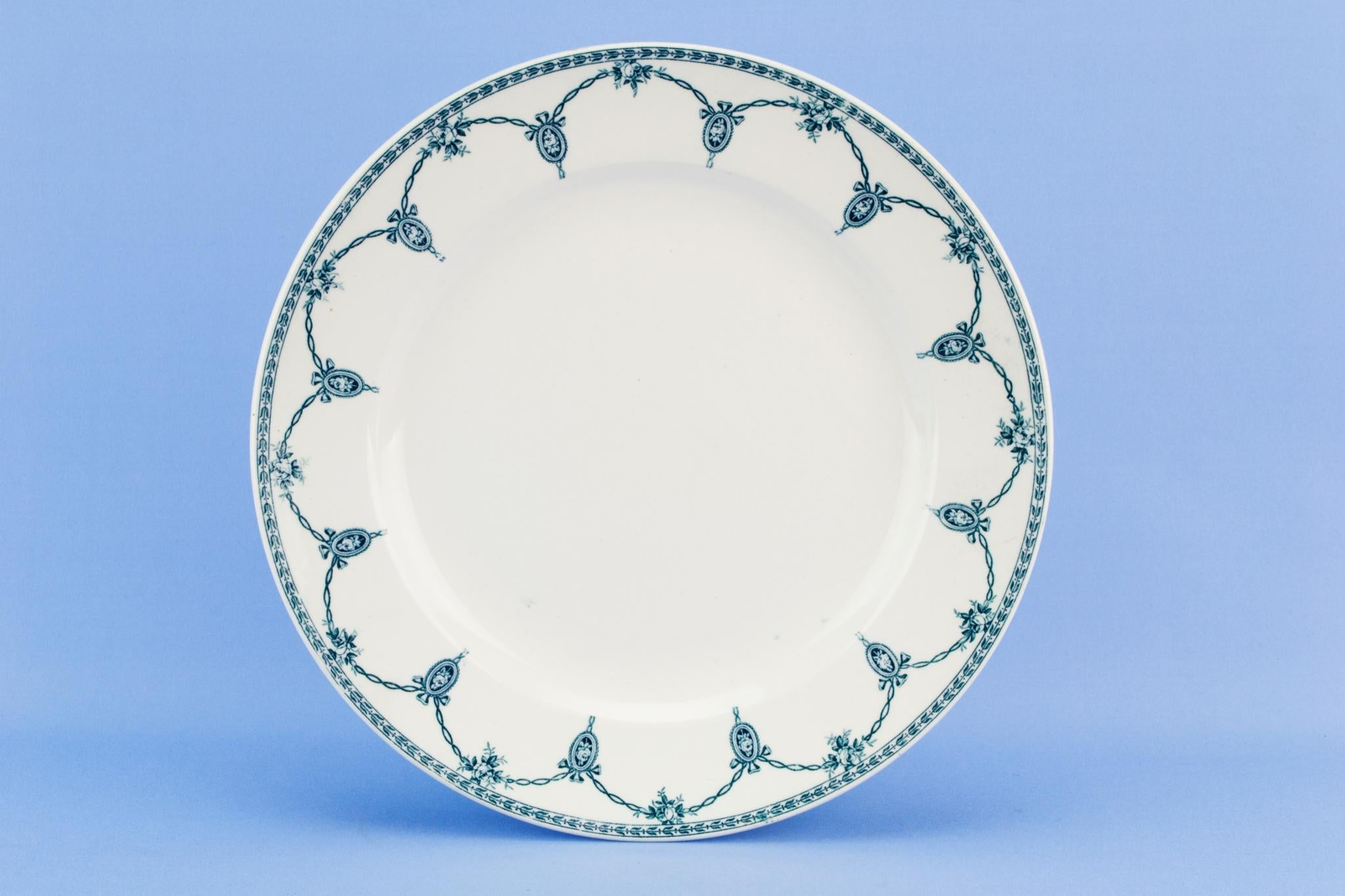 5 Blue and white dinner plated Losol ware, English 1920s