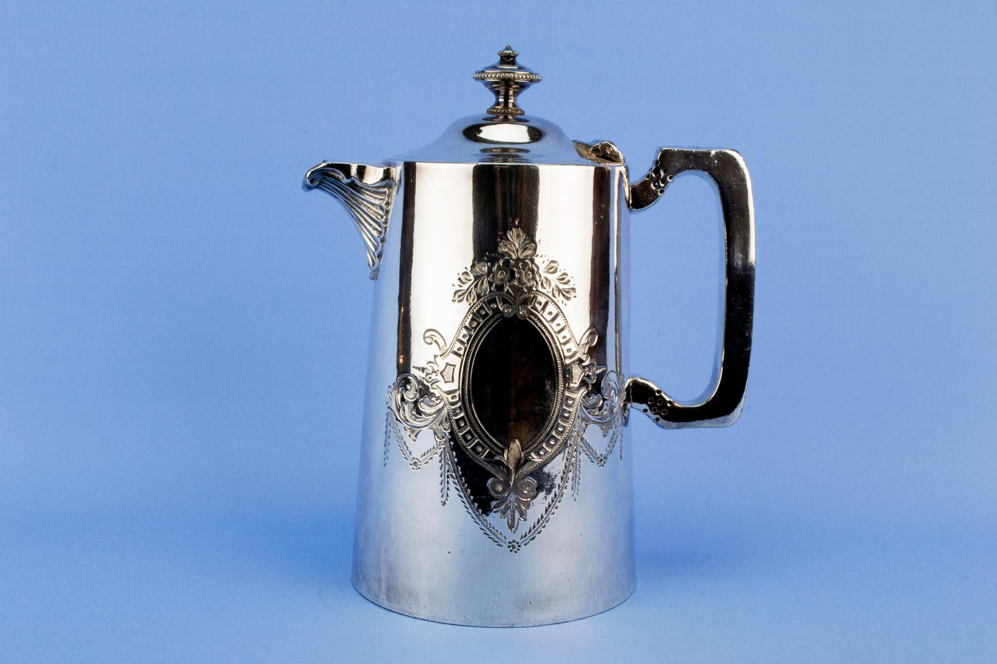 Walker & Hall silver plated coffee pot, English late 19th century
