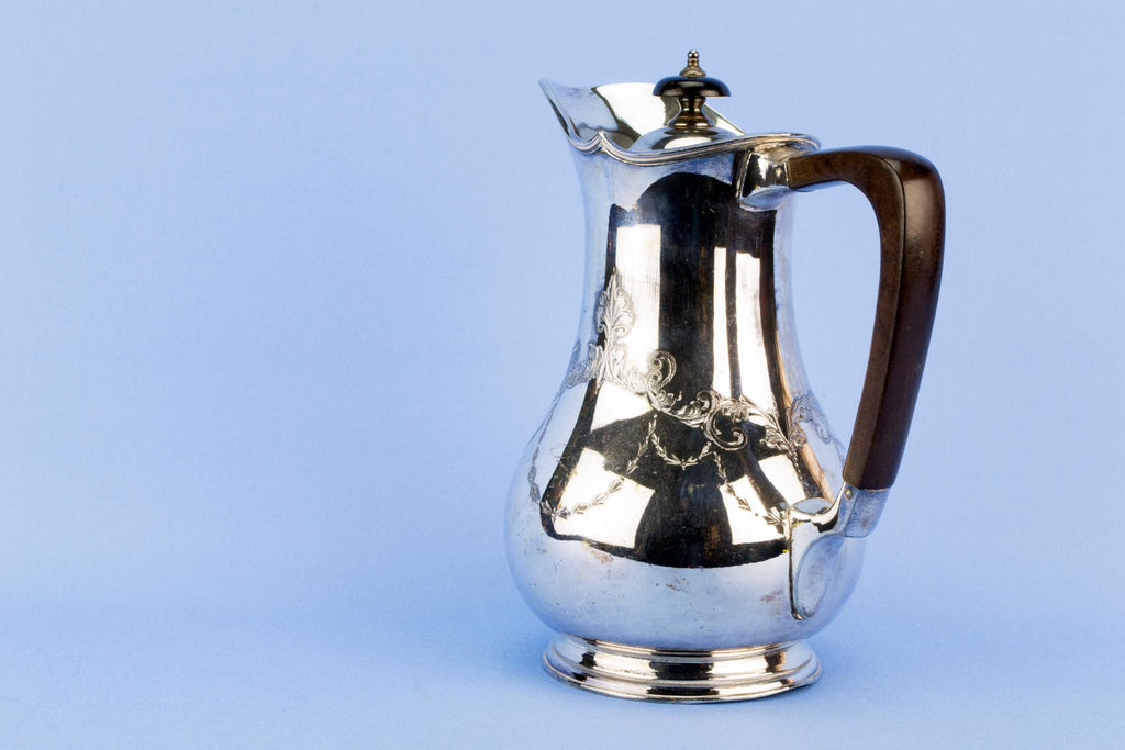 Silver plated coffee pot, English early 1900s