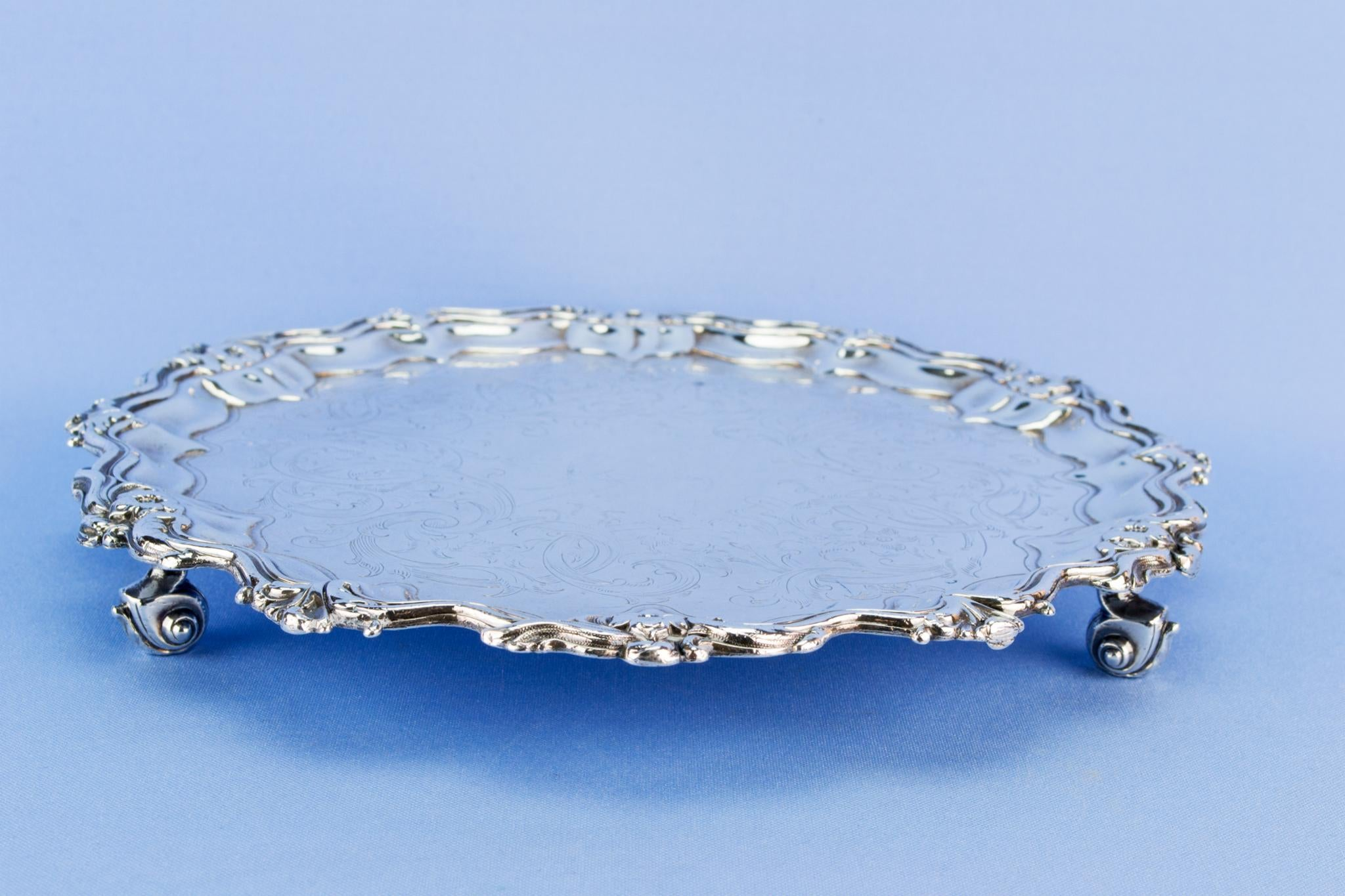 Silver plated small drinks tray, English early 1900s
