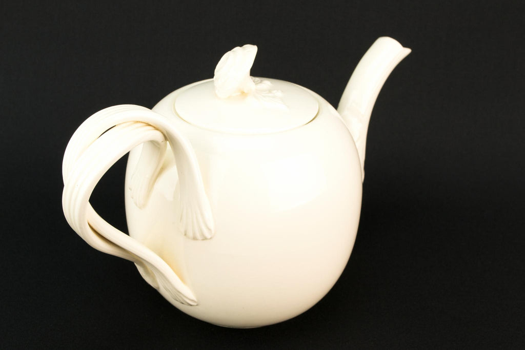 Globular Medium Creamware Teapot, English Second Half of the 20th Century
