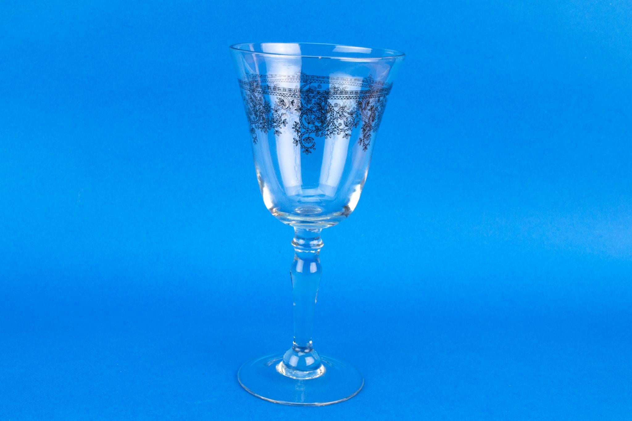 Set of 4 Large Wine Stem Glasses