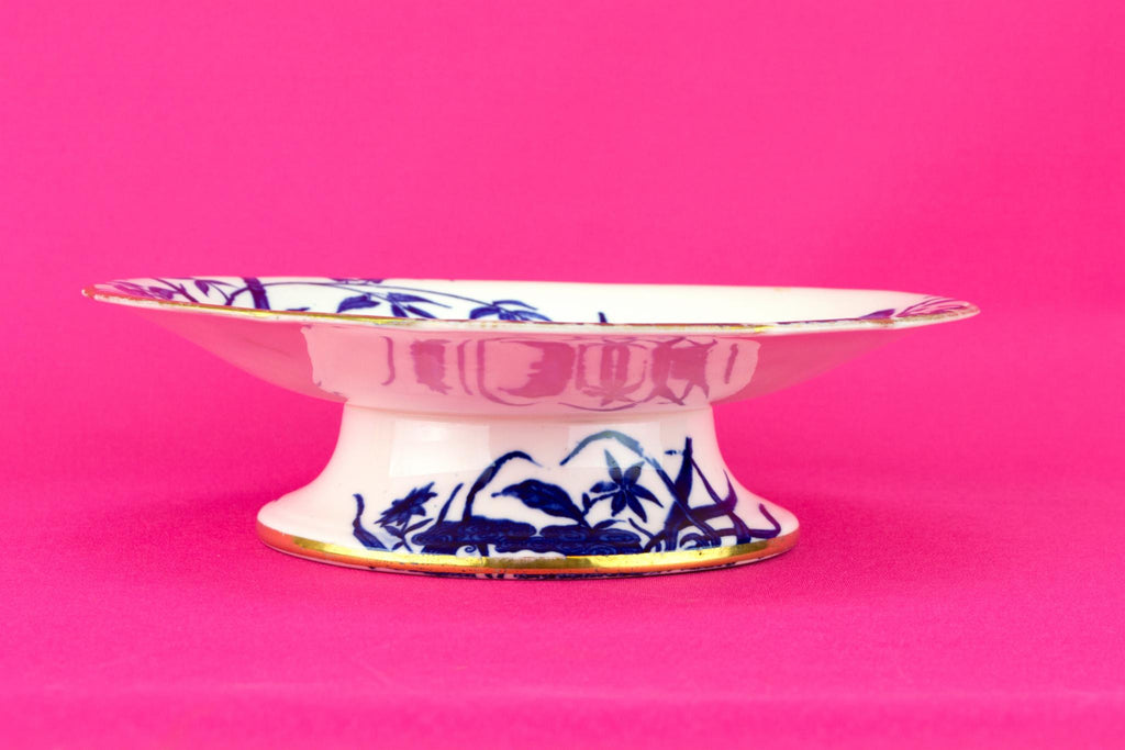 Blue and White Aesthetic Movement Cake Stand, English 19th Century