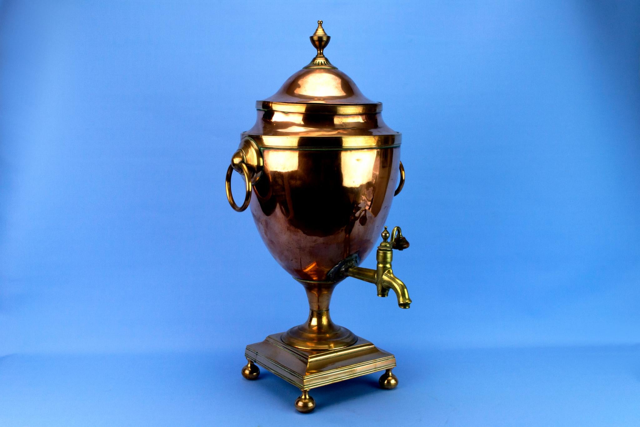 Neo-Classical Hot Water Urn, English Early 1800s