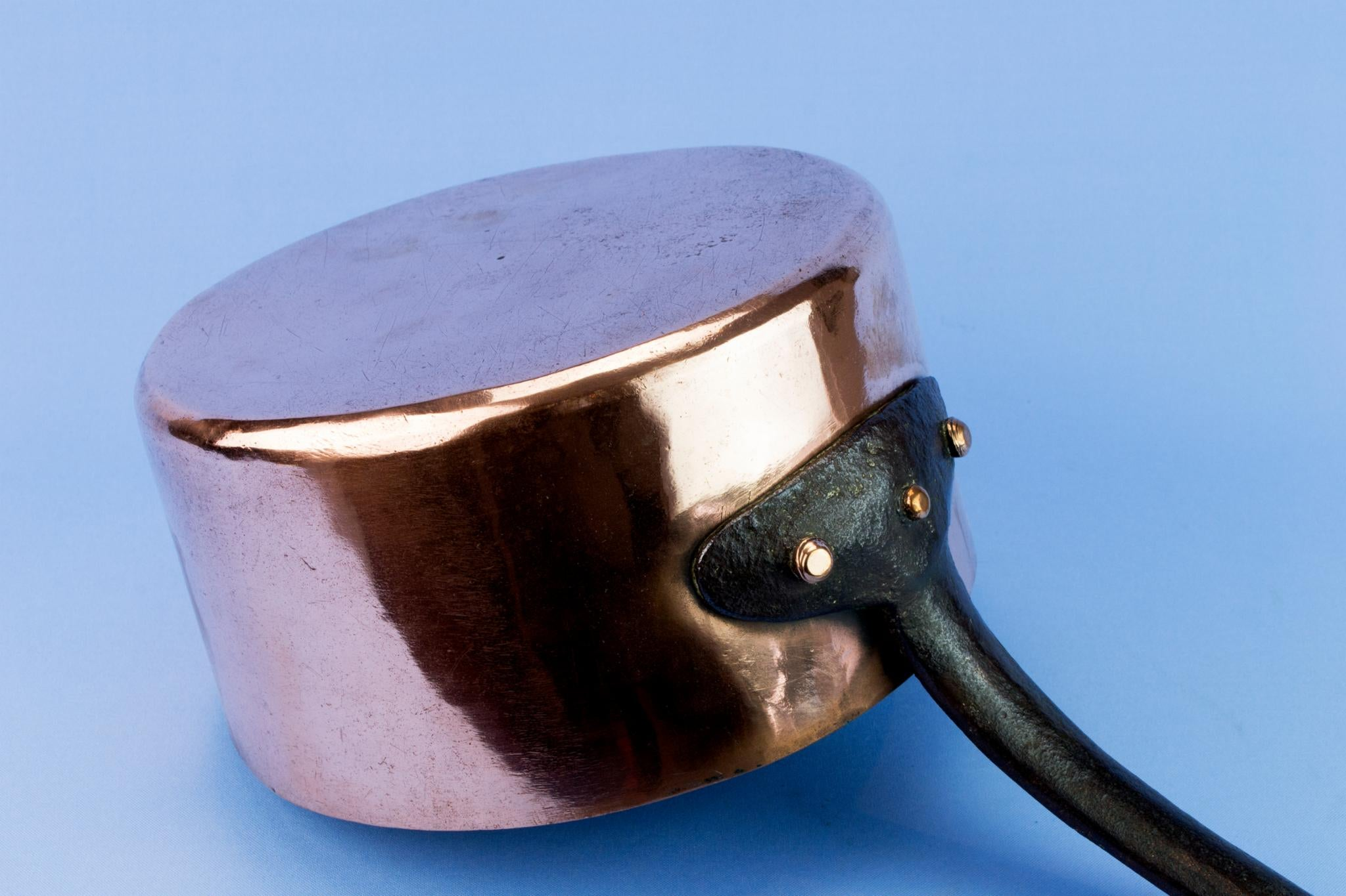 Copper Medium Pan, English First Half Of The 20th Century