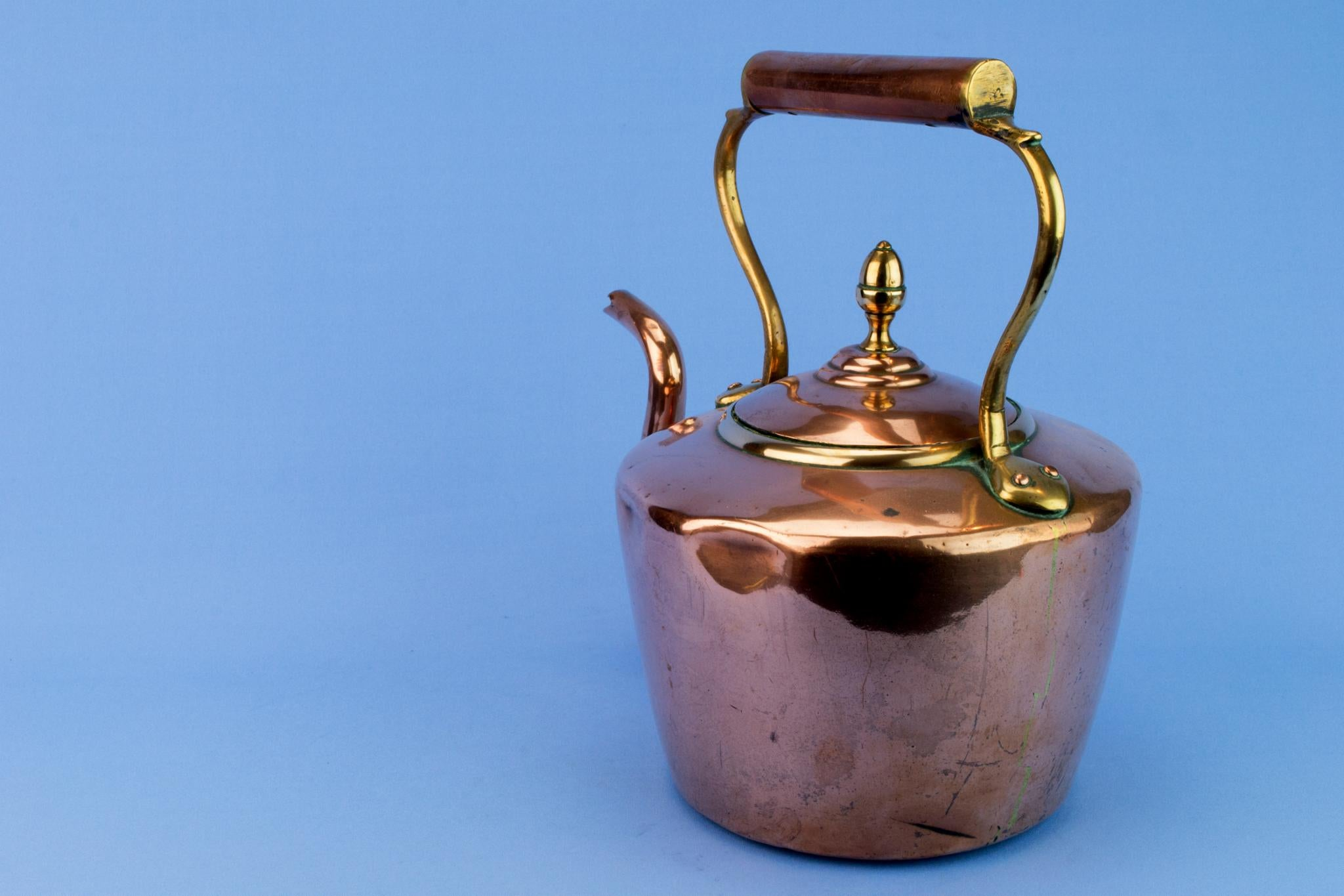 Polished Copper Stove Kettle, English 1870s
