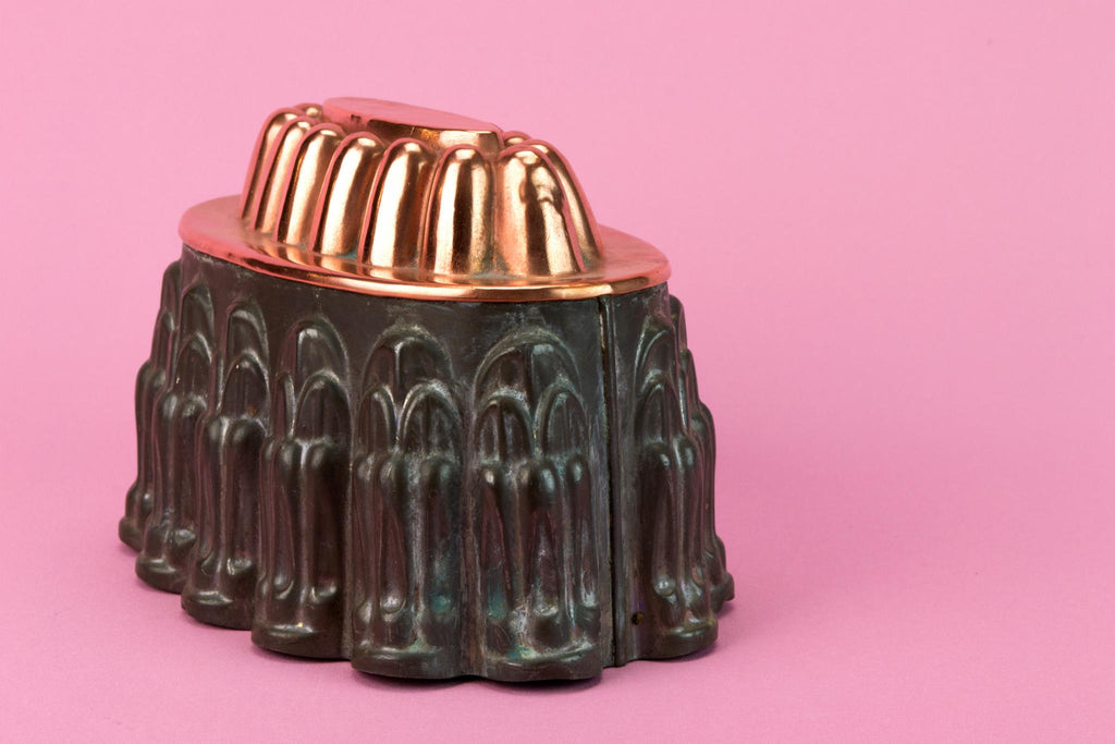 Medium Oval Copper Baking Mould, English Late 19th Century