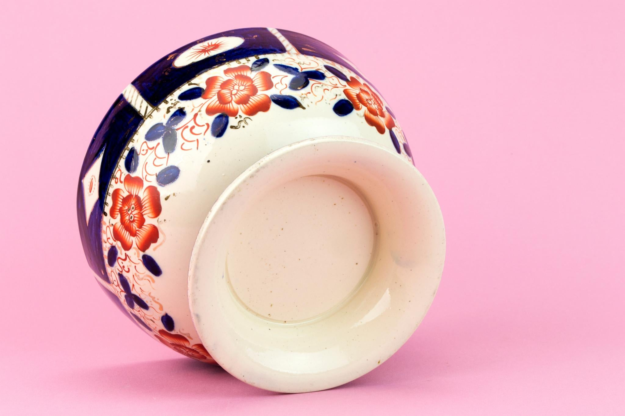 Ceramic Punch Bowl Imari Decoration, English 1860s