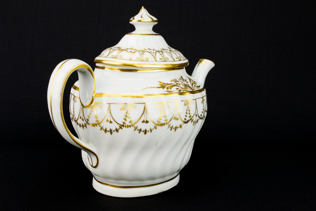 Newhall Gilded Regency Teapot, English Early 1800s