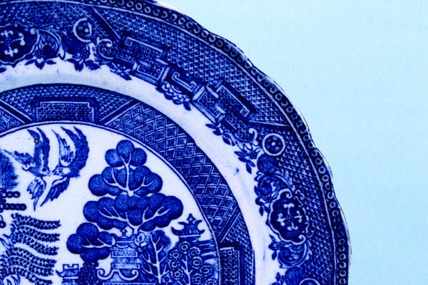 5 Blue and White Willow Dinner Plates, English Circa 1900