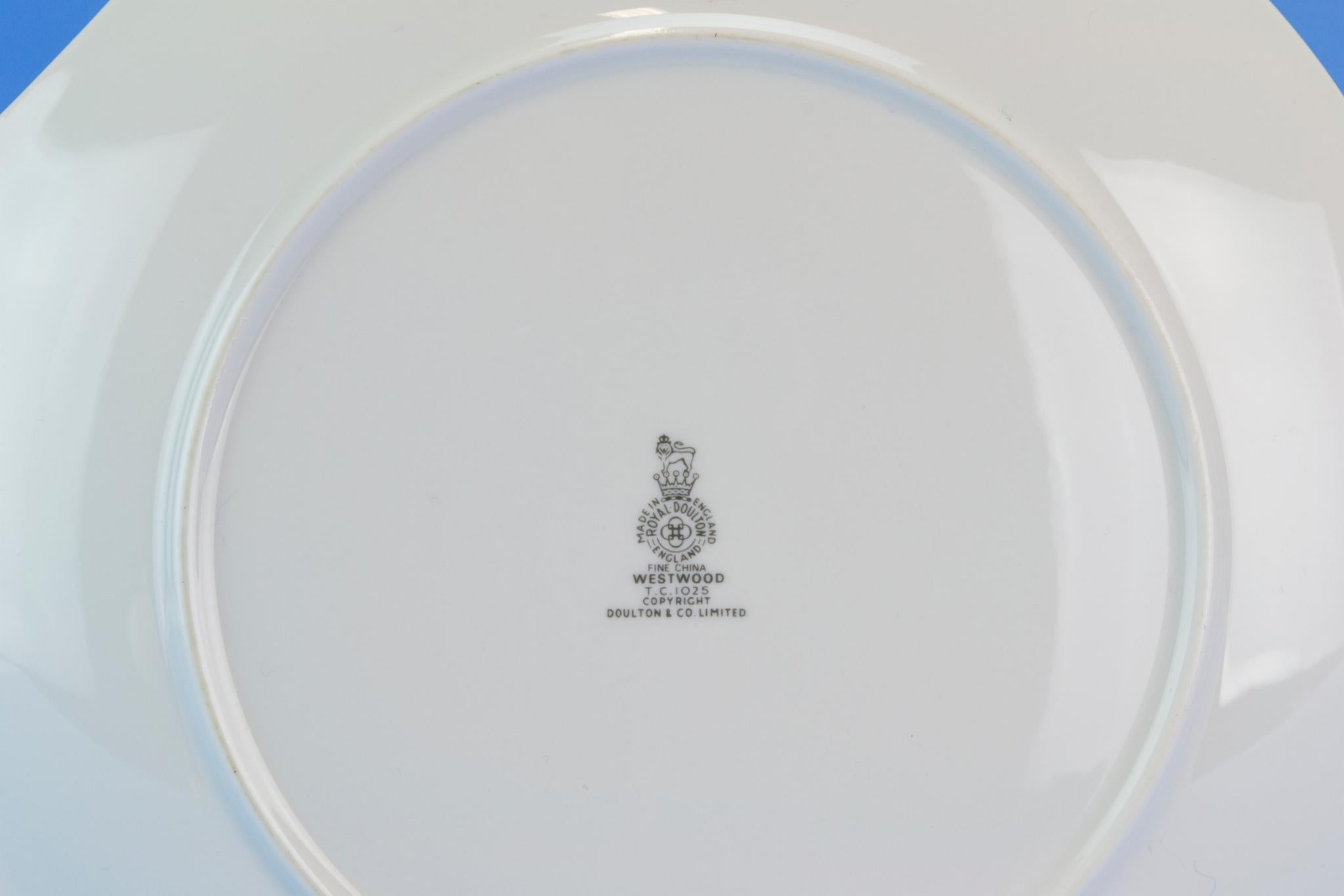... Medium Cake Serving Plate by Royal Doulton English Circa 1960 : cake serving plate - pezcame.com