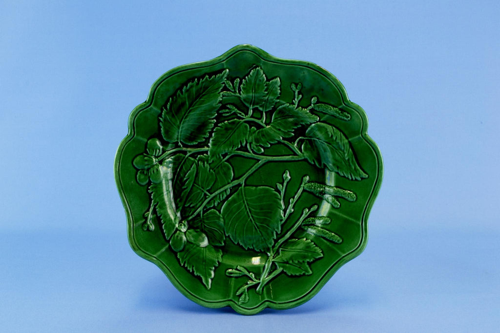 Majolica Serving Dish in Dark Green, English 19th Century