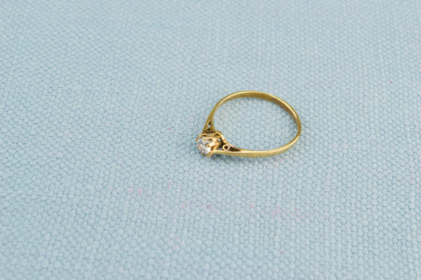 Solitaire Ring in 9ct Gold with CZ