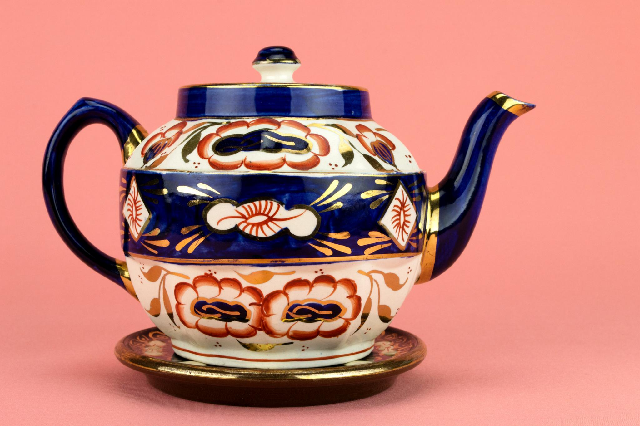 Gaudy Welsh Blue Teapot on Stand, English Circa 1950