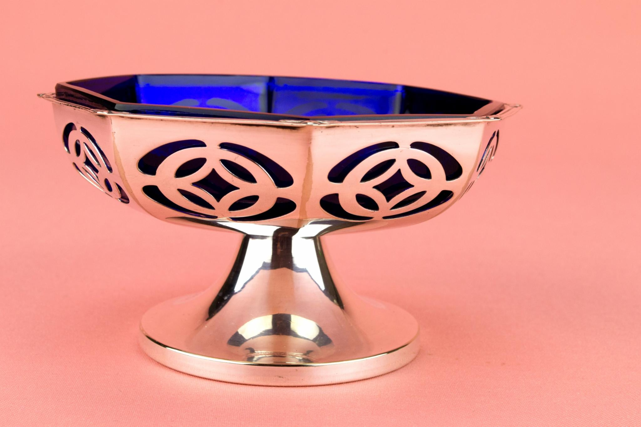 Serving Stem Bowl with Blue Glass Liner, English 1930s