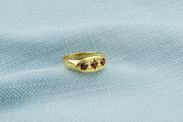 9ct Gold Ring with Three Garnets
