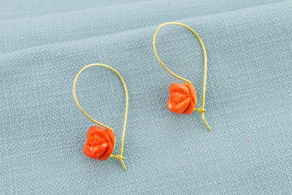 Earrings in 18ct Gold and Carved Red Coral