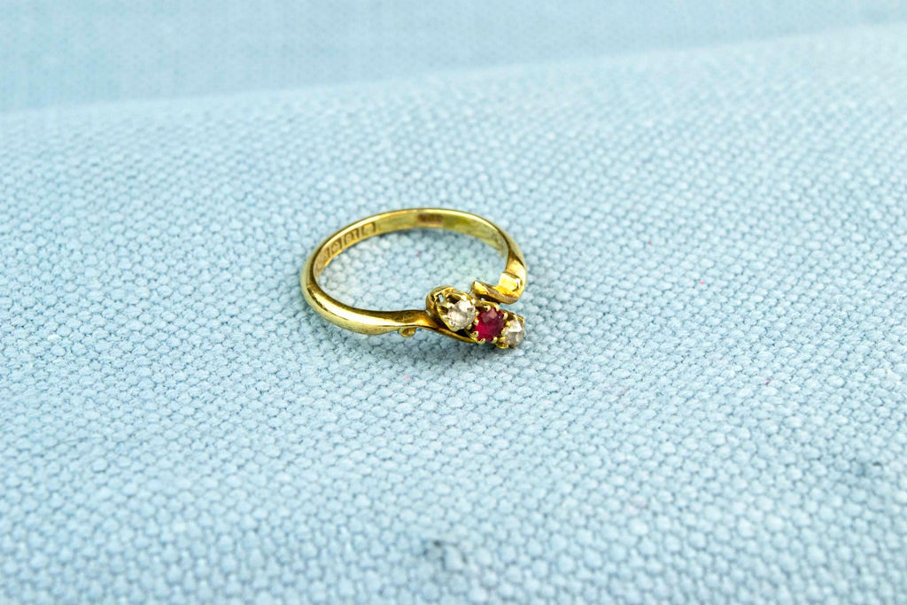 18ct Gold Ring Ruby and Diamonds, English 1909