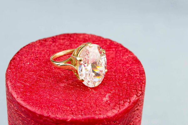 Large CZ Ring in 9ct Gold, English 1970s