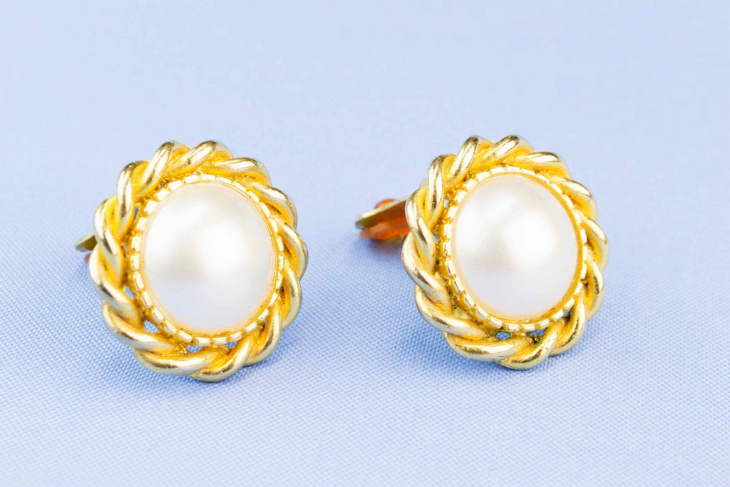 Clip Earrings Gold and Pearl Colour, English 1980s