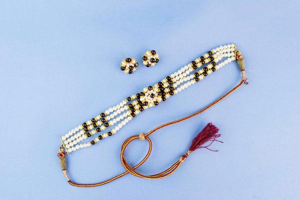 Chocker and Earrings Set with Garnets and Pearls