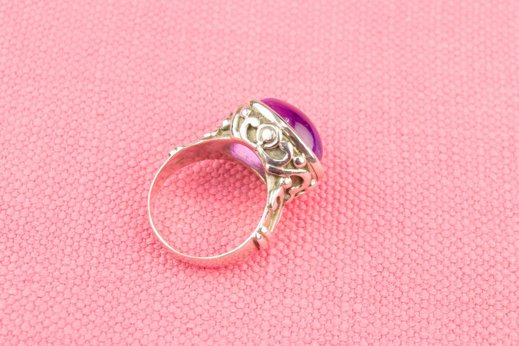 Cabochon Amethyst Ring in Sterling Silver