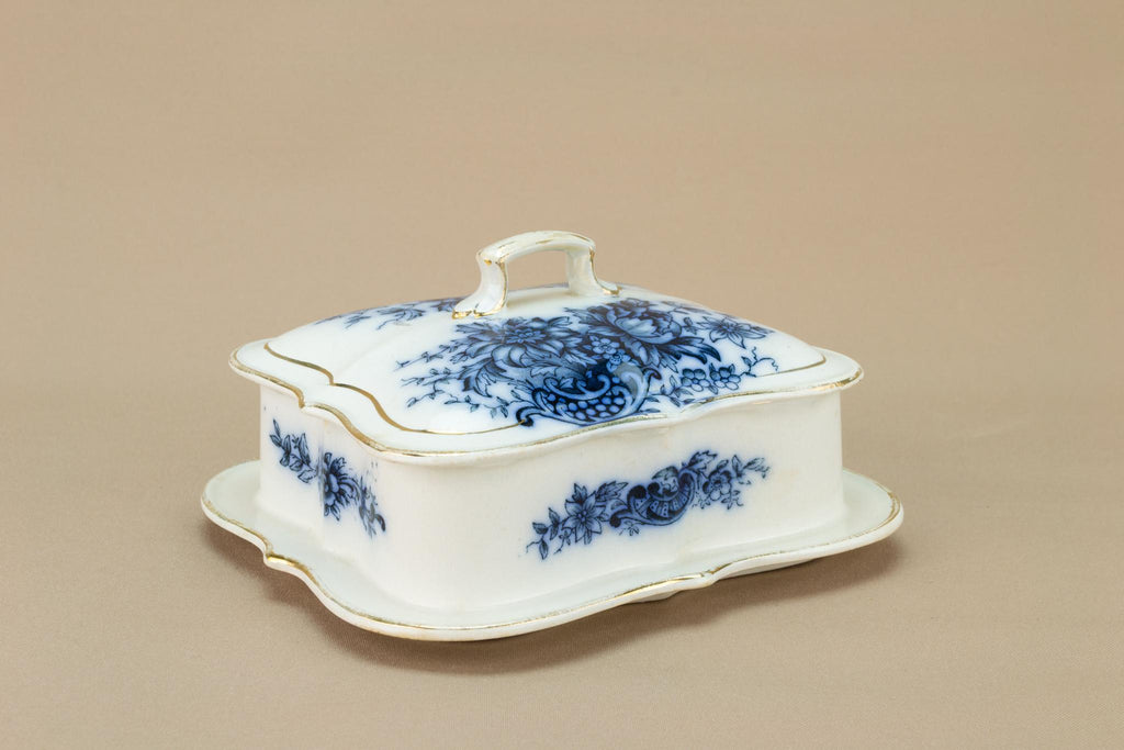 Butter Dish Blue and White Art Nouveau, English 1910s