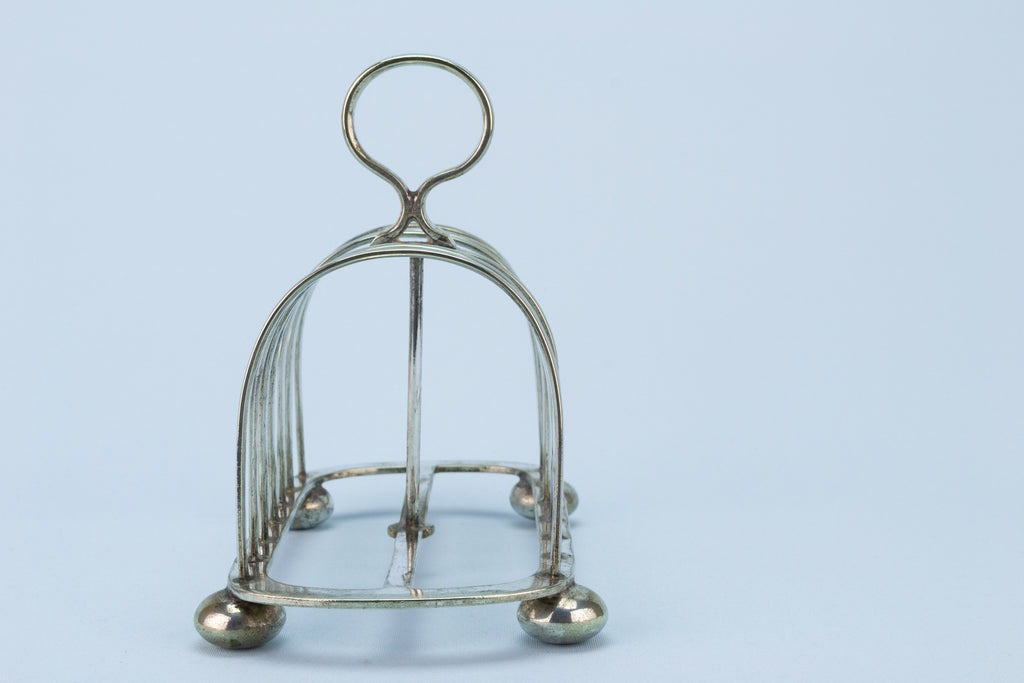 Silver Plated Toast Rack y Walker & Hall English 1910s