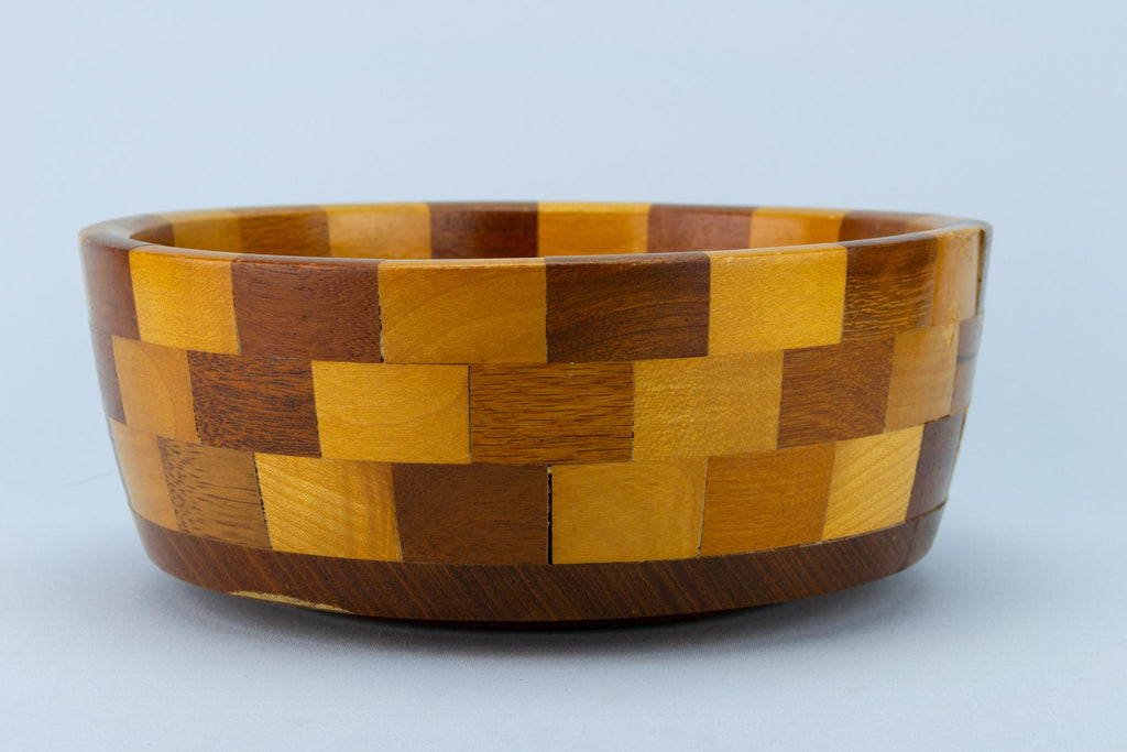 Vintage Chequered Fruit Bowl in Wood
