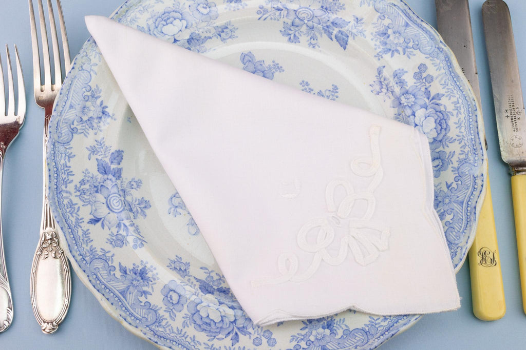 8 Embroidered Cotton Dinner Napkins