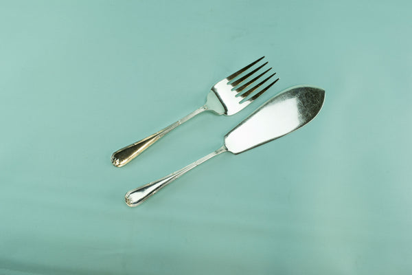 Elkington serving fork and knife, 1962