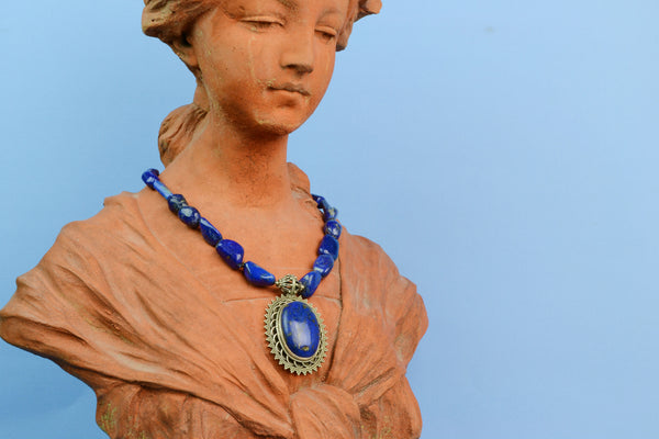 Necklace in Silver & Blue Lapis Lazuli