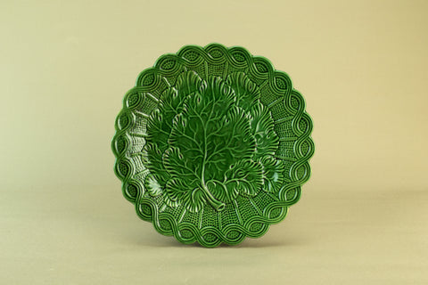 Green majolica serving plate, circa 1900