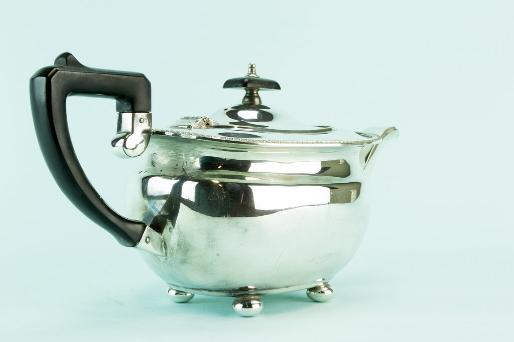 Elkington silver plated teapot, 1930s by Lavish Shoestring